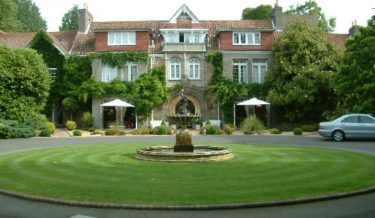 longueville-manor-1